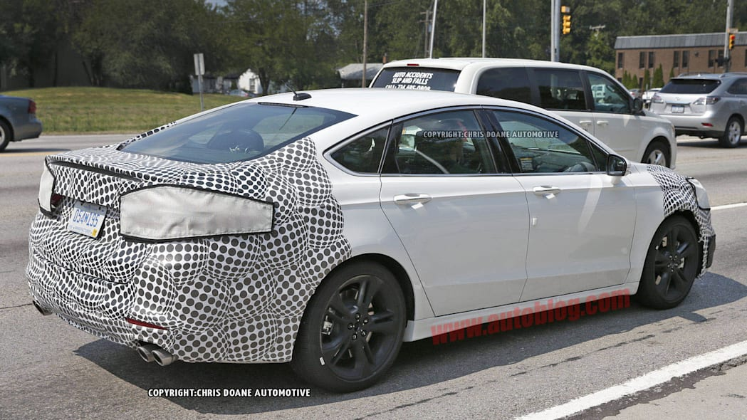 2016 Ford Fusion ST spied rear 3/4
