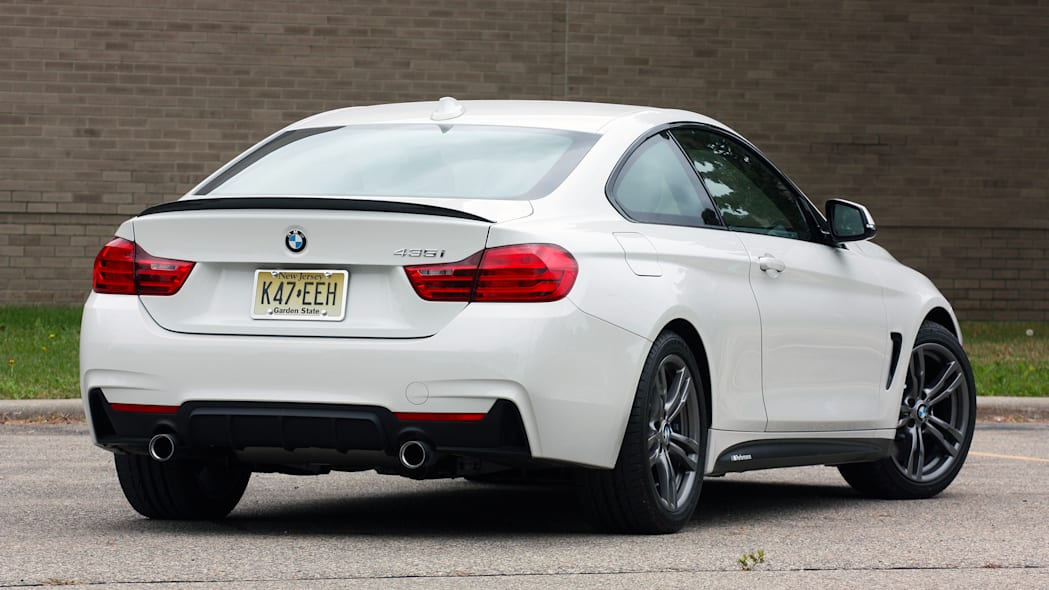 2016 BMW 435i ZHP Coupe rear 3/4 tight