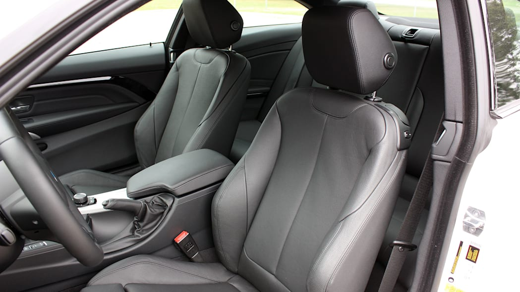 2016 BMW 435i ZHP Coupe seats