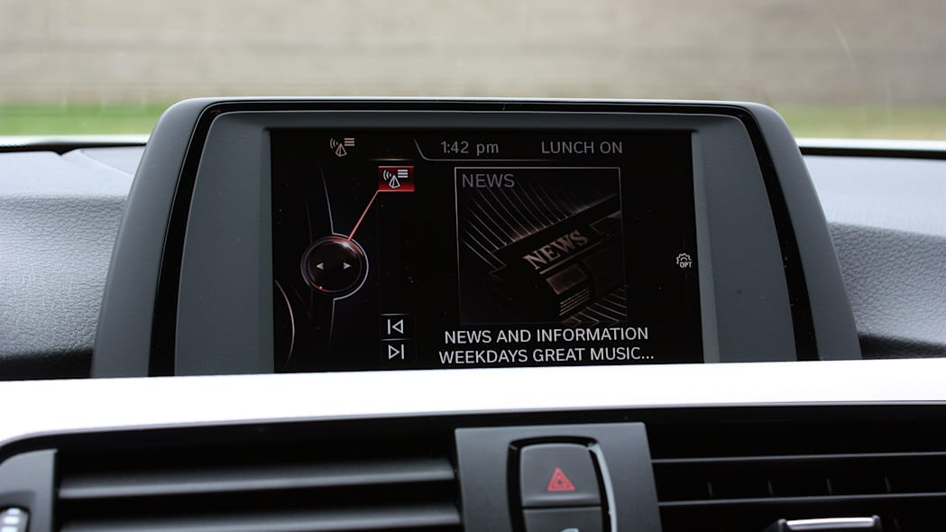 2016 BMW 435i ZHP Coupe infotainment screen