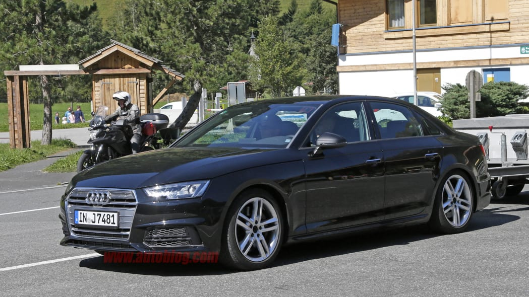 Audi S4 spied front 3/4