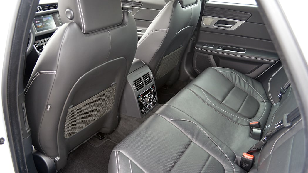 2016 Jaguar XF rear seats