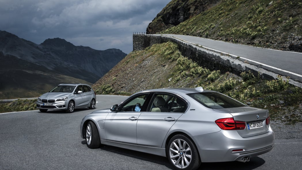 BMW 330e and 225xe