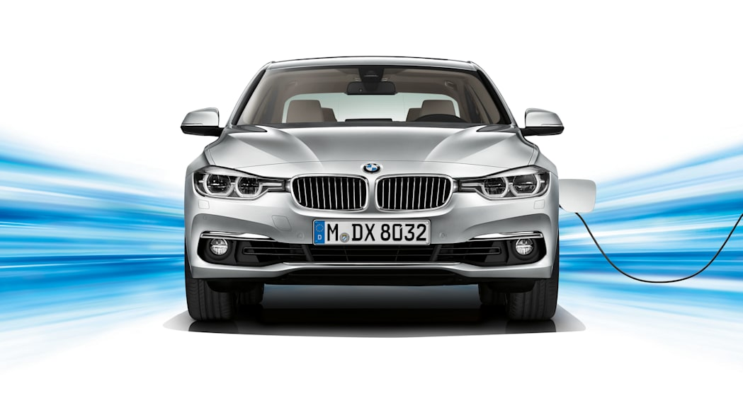 bmw 330e front charging