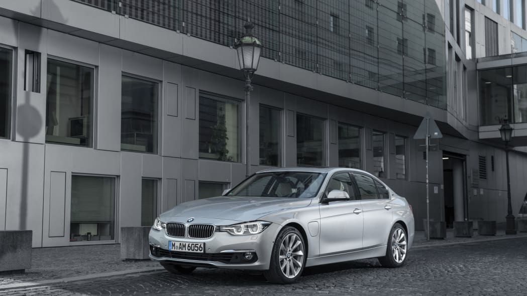 bmw 330e front in city
