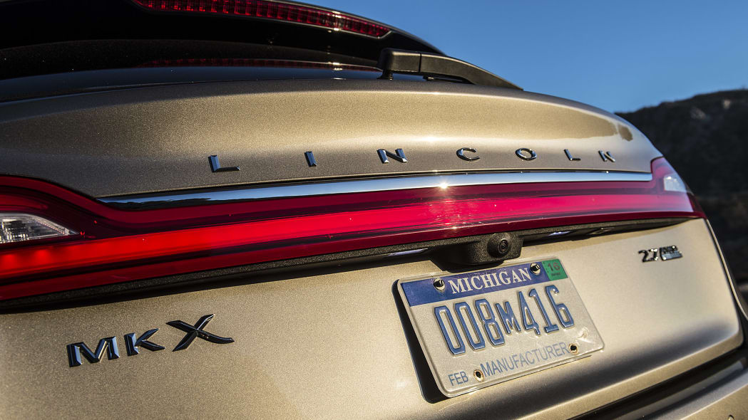 2016 Lincoln MKX rear detail