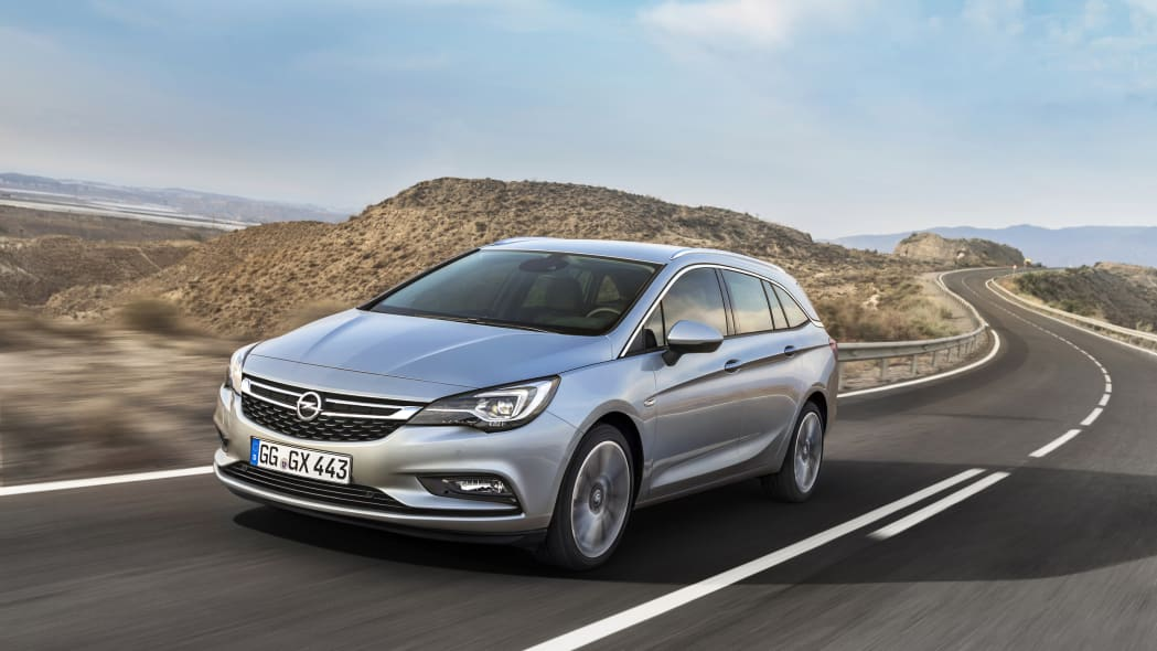 2016 Opel Astra Sports Tourer front 3/4 estate moving