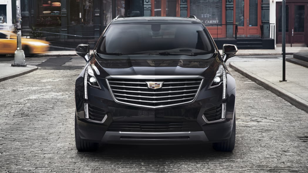 Cadillac XT5 front view