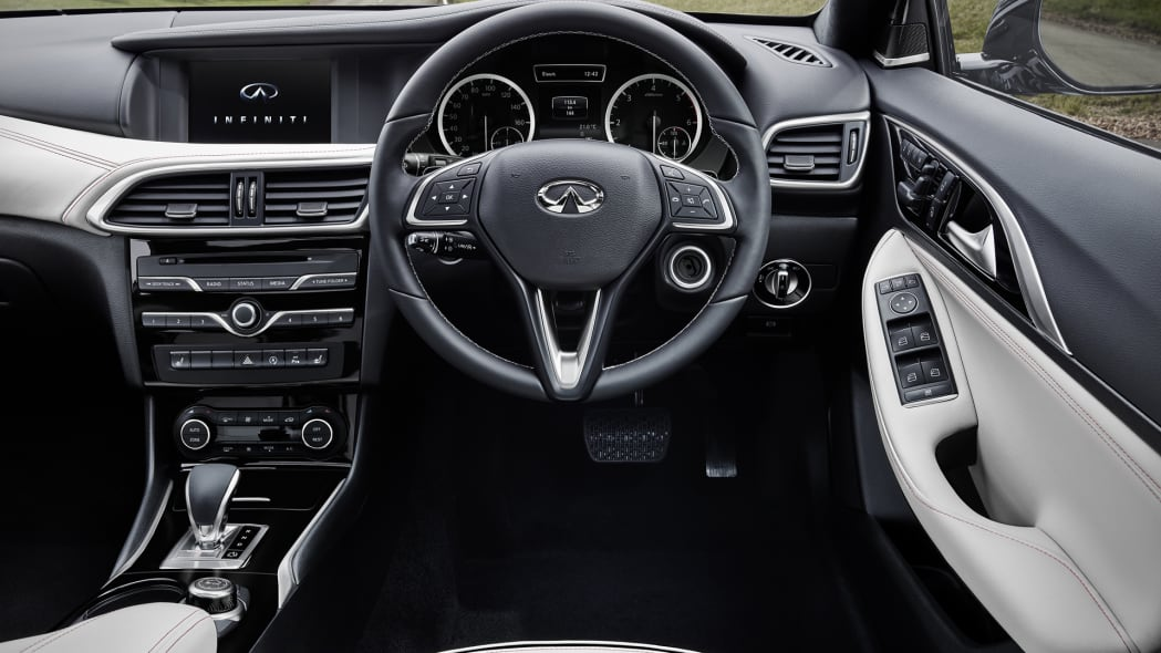 q30 infiniti cabin interior right hand drive leather