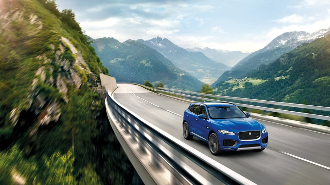 jaguar f-pace crossover bridge action speed