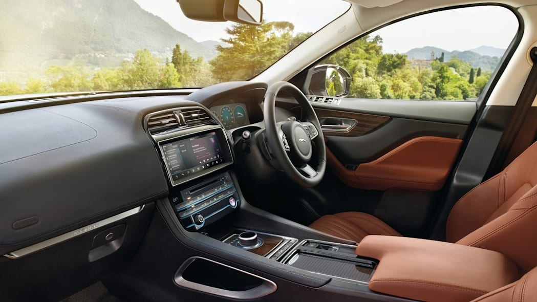 2017 interior cabin right-hand drive jaguar f-pace