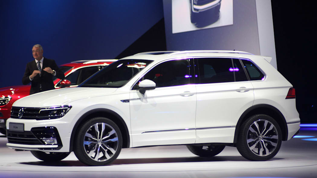 The 2016 Volkswagen Tiguan R-Line, unveiled at Volkswagen's Group Night ahead of the 2015 Frankfurt Motor Show, near front three-quarter view.
