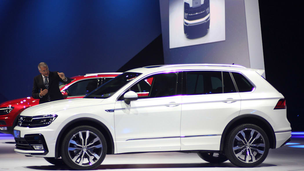 The 2016 Volkswagen Tiguan R-Line, unveiled at Volkswagen's Group Night ahead of the 2015 Frankfurt Motor Show, front three-quarter.