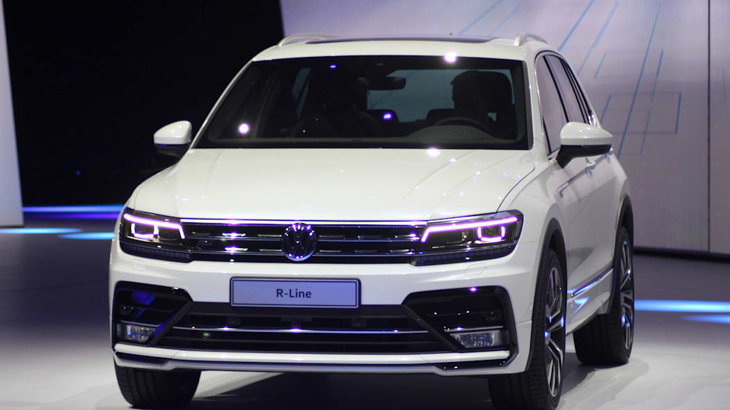 The 2016 Volkswagen Tiguan R-Line, unveiled at Volkswagen's Group Night ahead of the 2015 Frankfurt Motor Show, close front three-quarter.