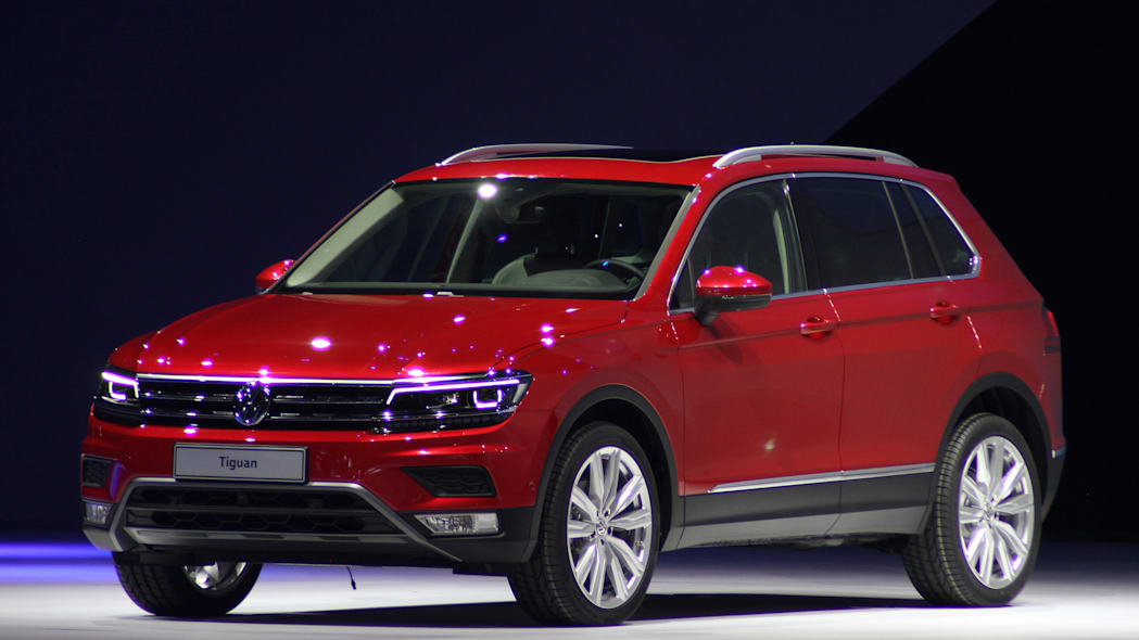 The 2016 Volkswagen Tiguan, unveiled at Volkswagen's Group Night ahead of the 2015 Frankfurt Motor Show, front three-quarter view.