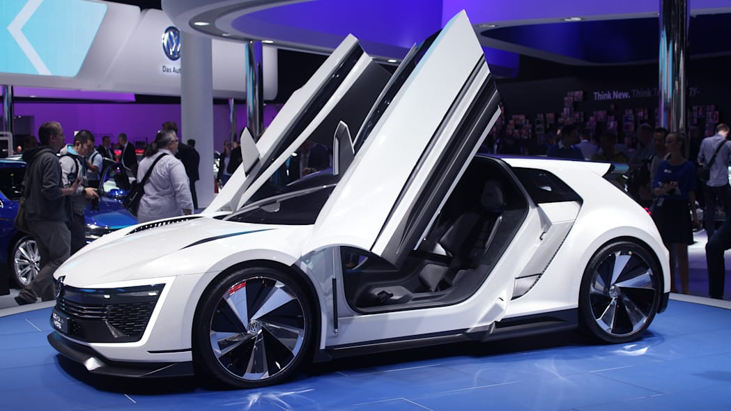 The Volkswagen Golf GTE Sport concept showed off at the 2015 Frankfurt Motor Show, near front three-quarter.