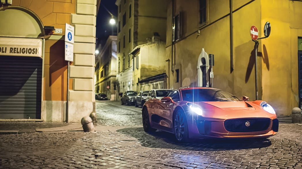 bond film 007 spectre james jaguar c-x75
