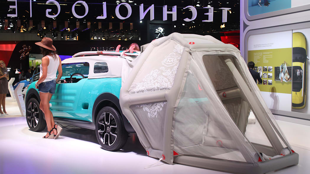 The Citroen Cactus M Concept at the 2015 Frankfurt Motor Show, rear view with extended tent.