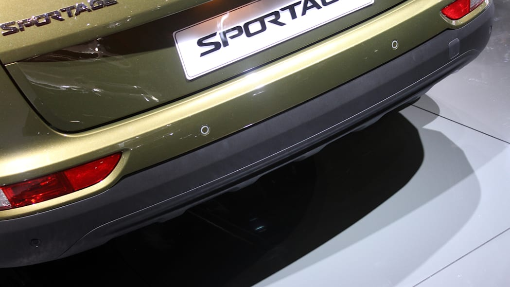 The 2016 Kia Sportage, revealed at the 2015 Frankfurt Motor Show, rear bumper detail.
