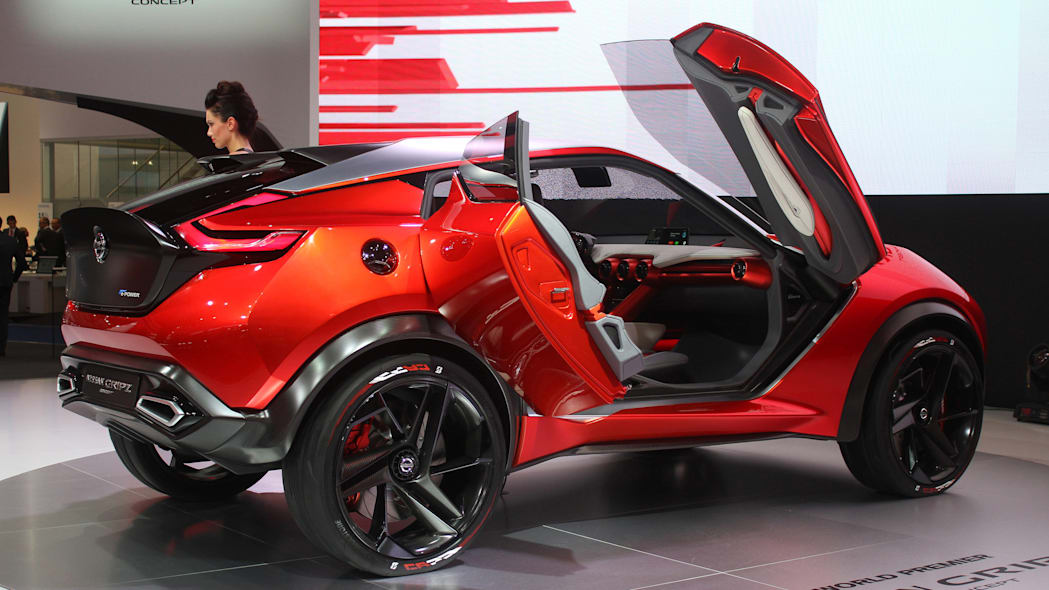 The Nissan Gripz concept unveiled at the 2015 Frankfurt Motor Show, rear three-quarter view.