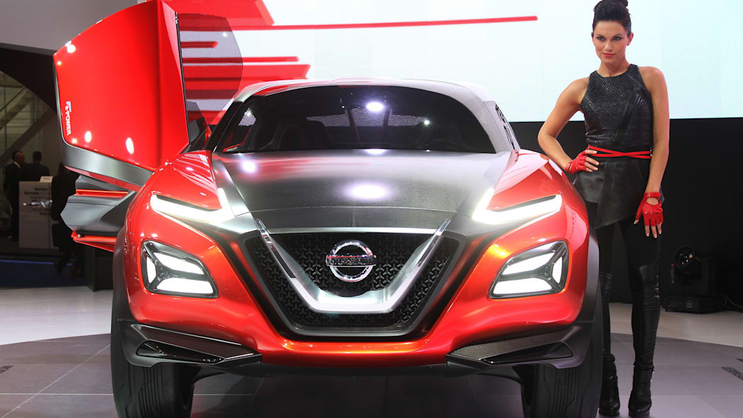 The Nissan Gripz concept unveiled at the 2015 Frankfurt Motor Show, front view.
