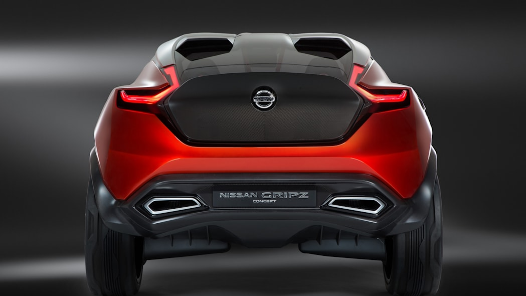crossover gripz concept tail exhausts studio
