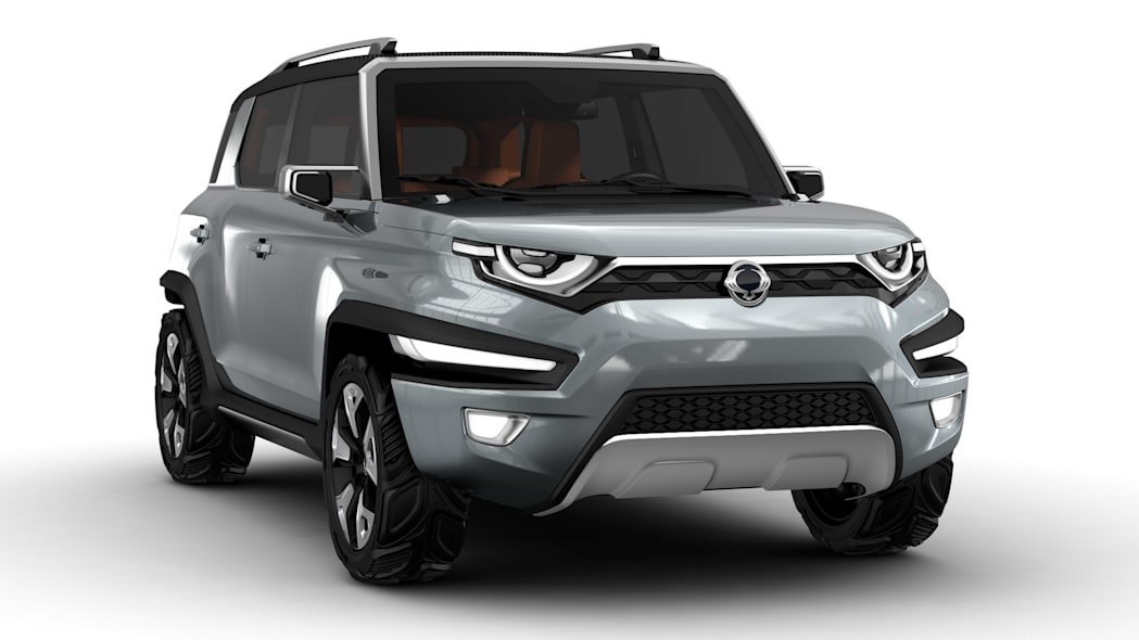 silver ssangyong xav-adventure concept front three quarters