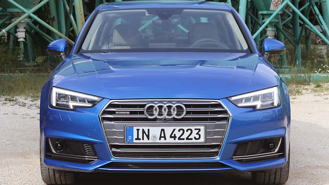 2017 Audi A4 front view