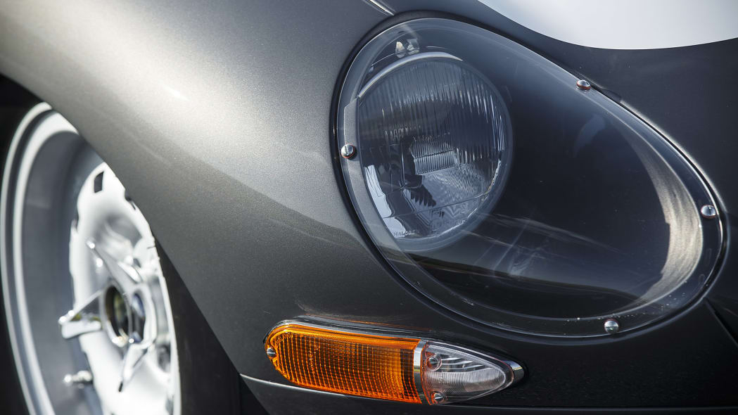Jaguar Continuation Lightweight E-Type headlight
