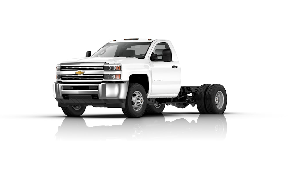 2016 Silverado 3500HD Chassis Cab front 3/4