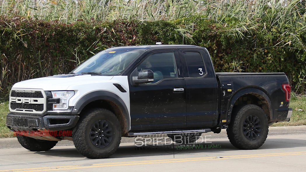 2017 Ford F-150 Raptor prototype front 3/4