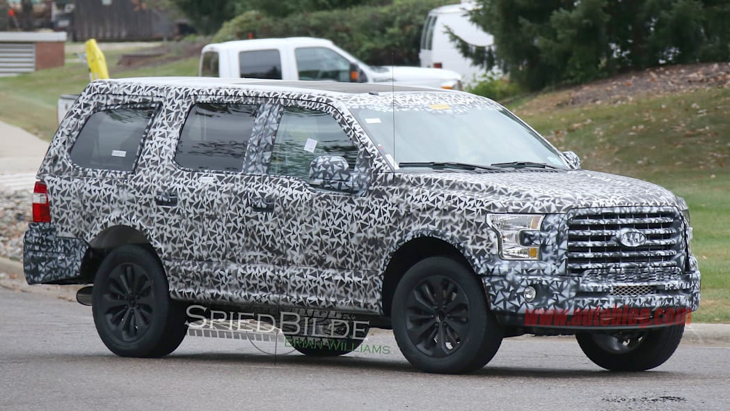 2018 Ford Expedition front 3/4