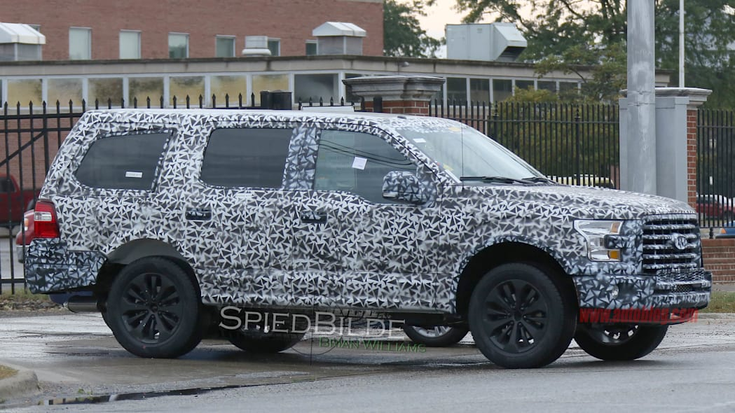 2018 Ford Expedition spied side