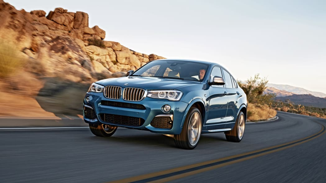 BMW X4 M40i front 3/4 road