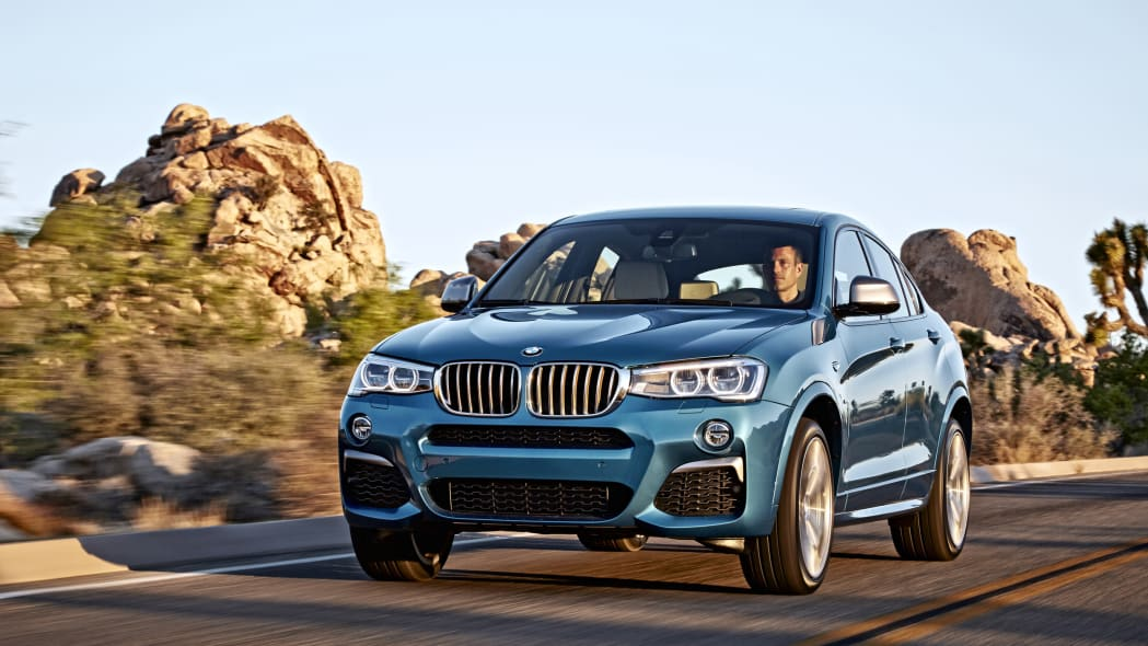 BMW X4 M40i front 3/4 rolling road