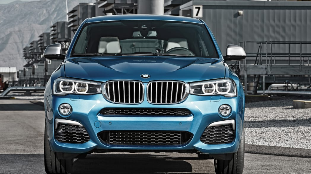 BMW X4 M40i front industrial