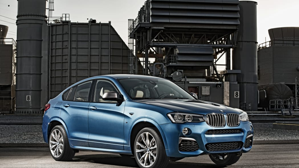 BMW X4 M40i front 3/4 plant location