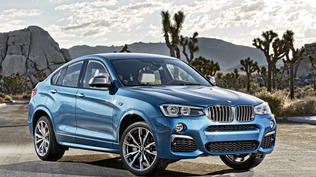 BMW X4 M40i front 3/4 static road