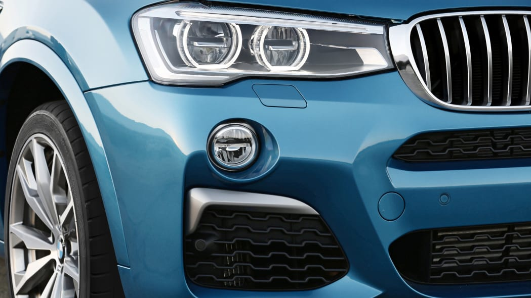 BMW X4 M40i front detail