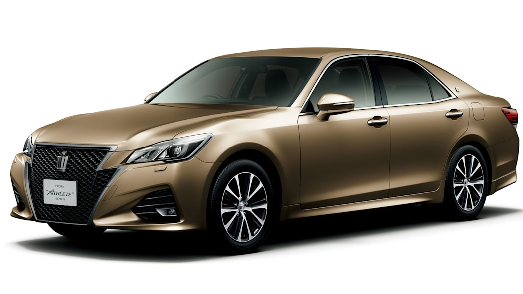 Toyota Crown Athelete front 3/4 gold