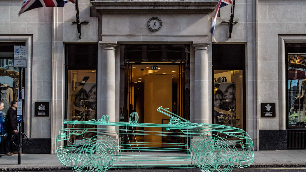 green land rover range rover evoque convertible wireframe at burberry