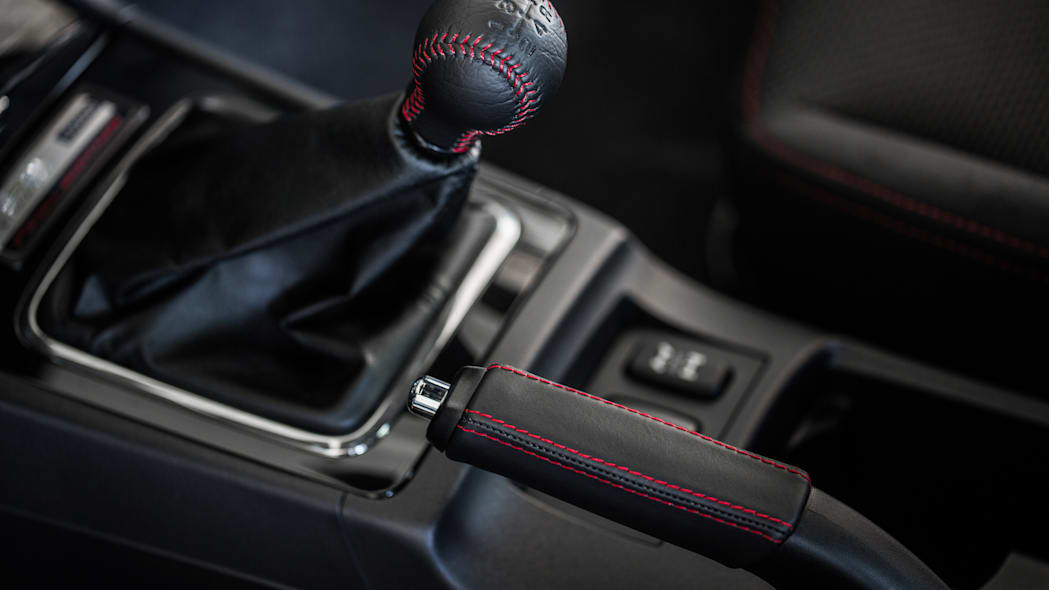 The 2015 Mitsubishi Lancer Evolution Final Edition, gearshift.