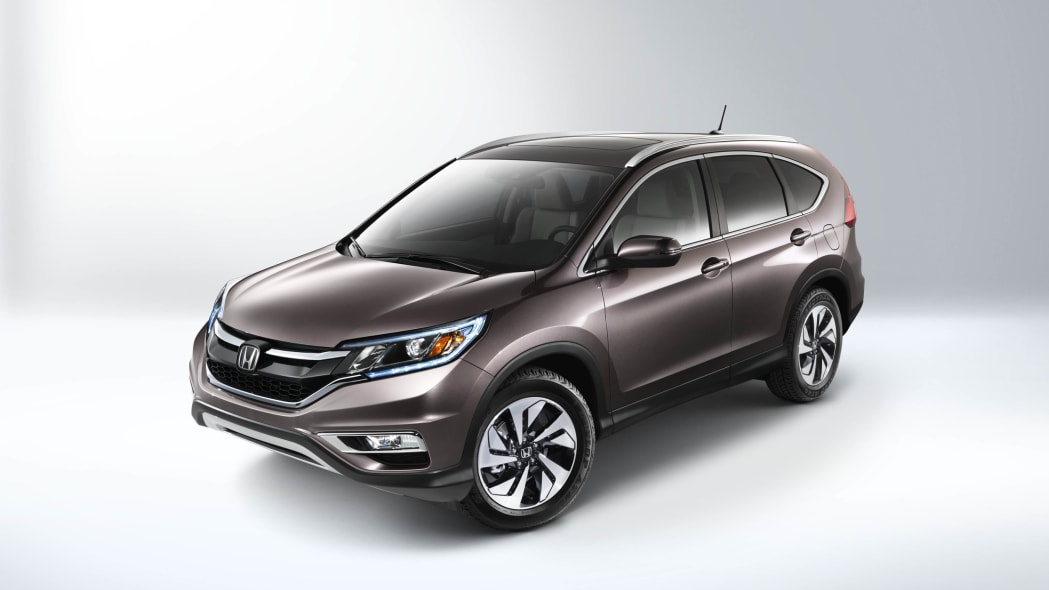 2016 Honda CR-V front 3/4 above