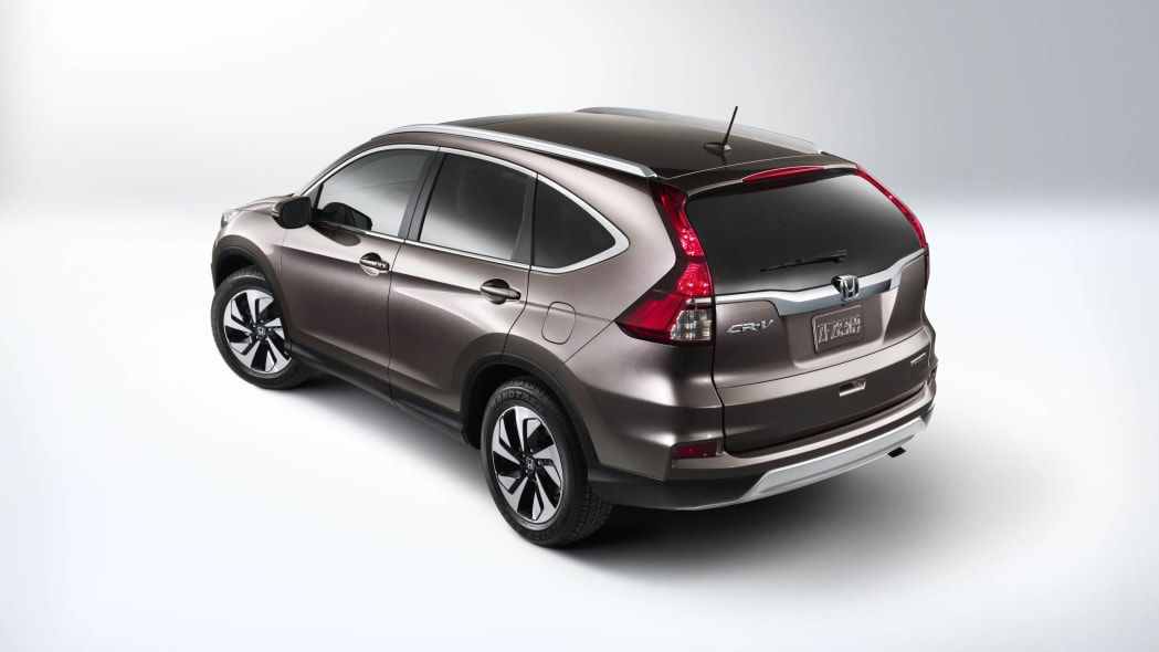 2016 Honda CR-V rear above 3/4