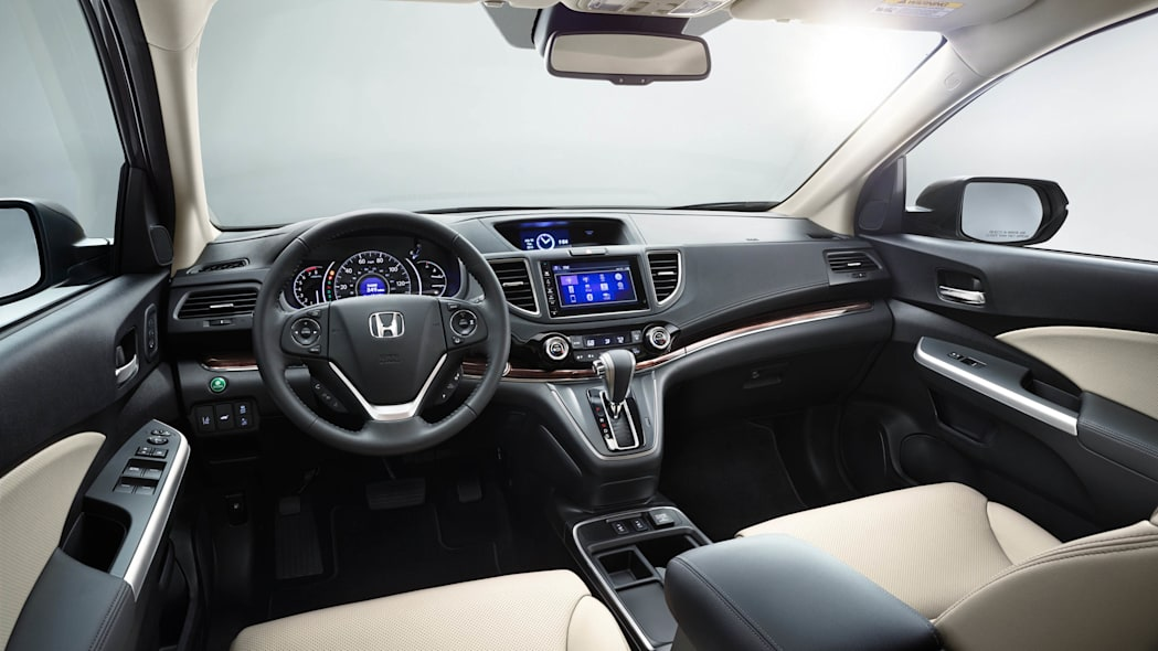 2016 Honda CR-V cockpit