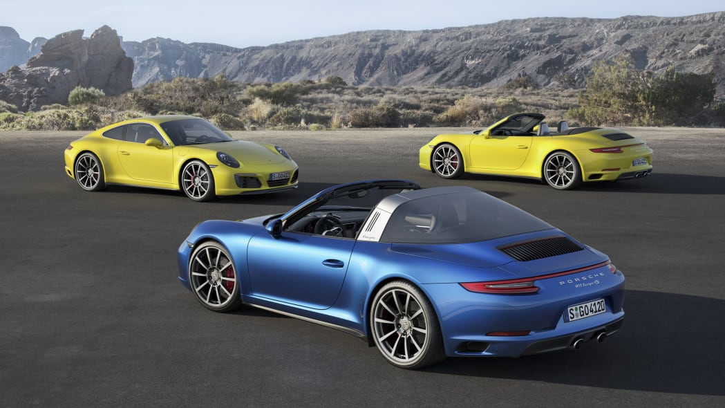 2017 Porsche 911 Carrera 4 family