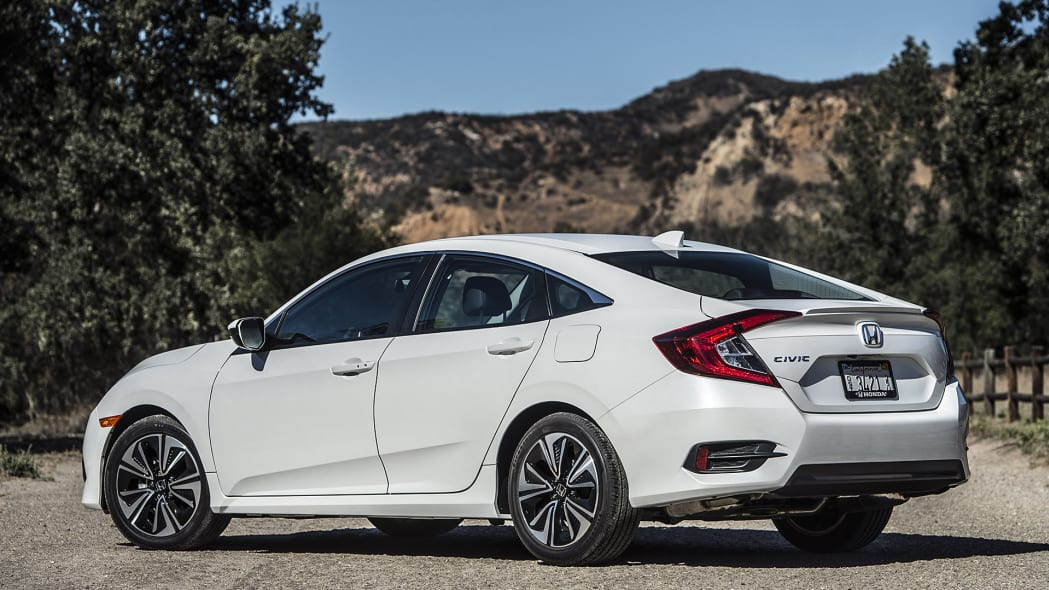 2016 Honda Civic rear 3/4 view