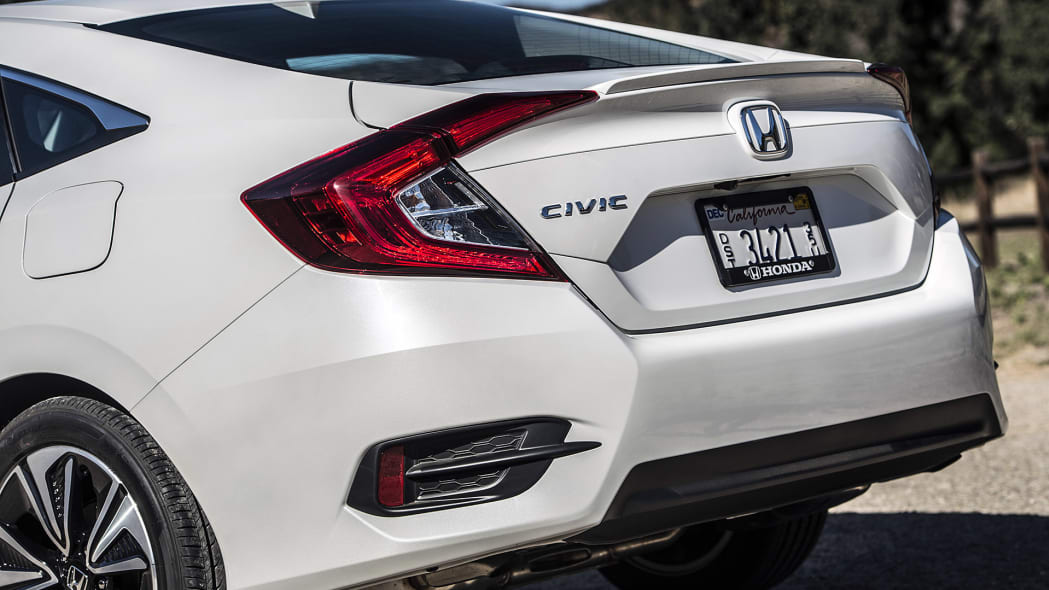 2016 Honda Civic rear detail