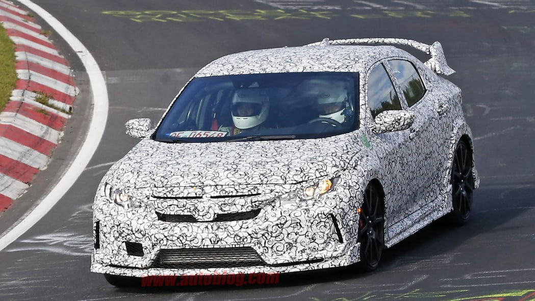 2017 Honda Civic Type R Nurburgring prototype front 3/4