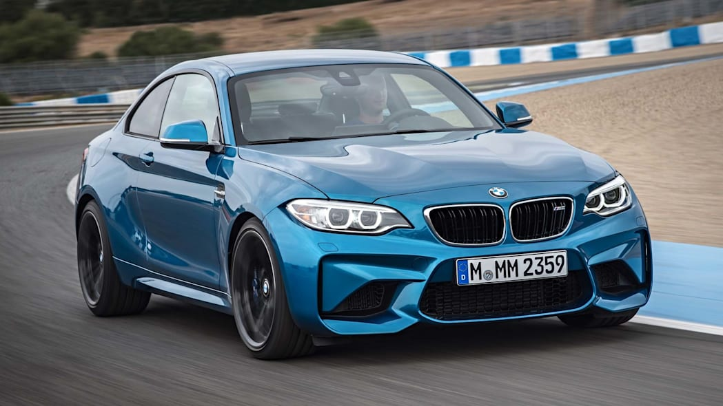 2016 BMW M2 front 3/4